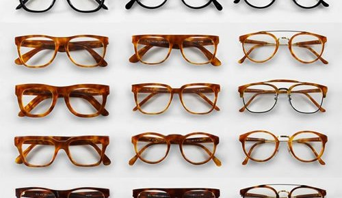 Nerd Alert: 5 tips for wearing glasses in photos